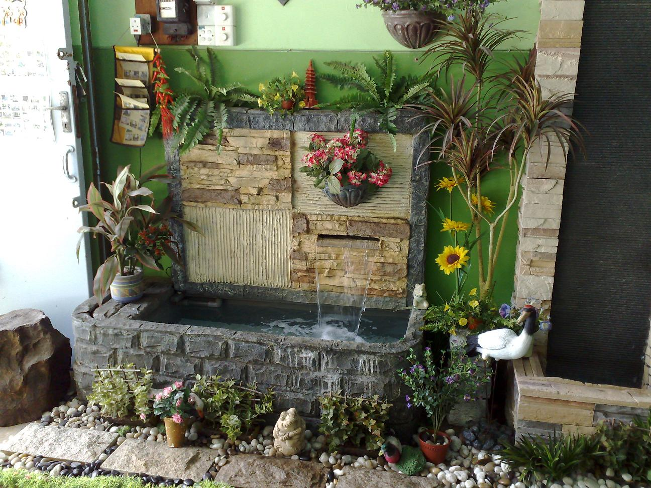 6 Classy Ways to Incorporate Indoor Water Fountains in Home