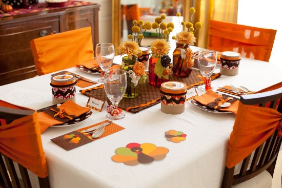 Thanksgiving Dinner Table Décor Ideas For A Splendid Evening Of
