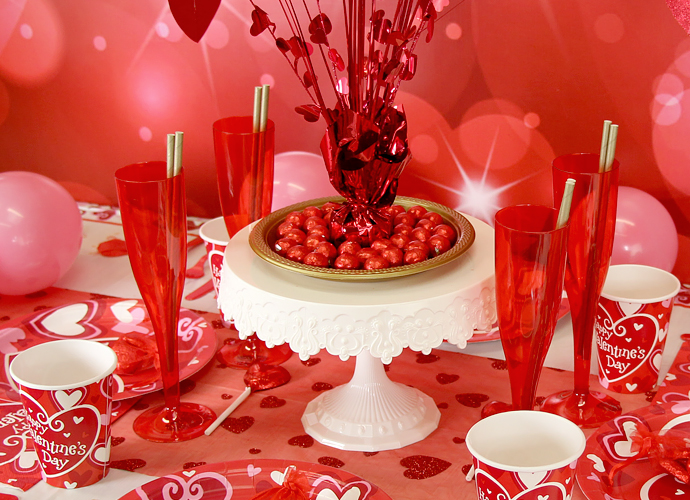 Celebrate Love Laughter And Life With Luscious Table Décors For Valentine S Day Designed A Personal Message That Says You Care