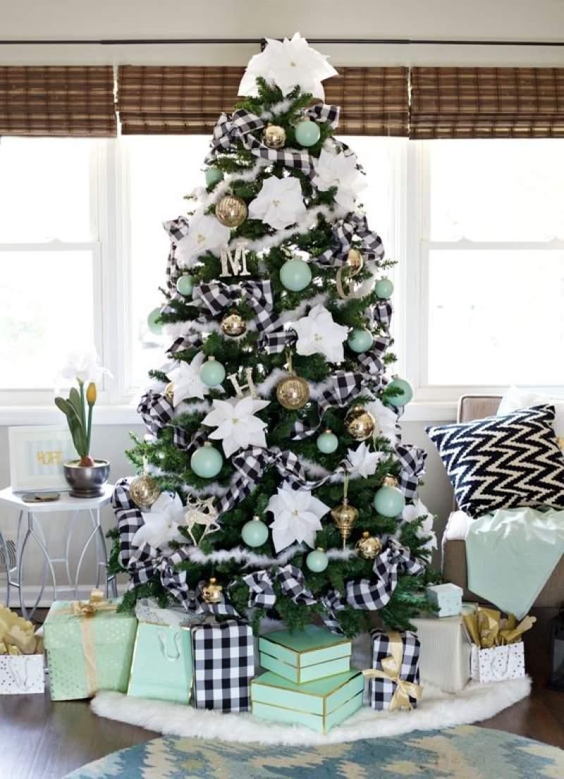 Black And White Buffalo Plaid Christmas Tree Decor