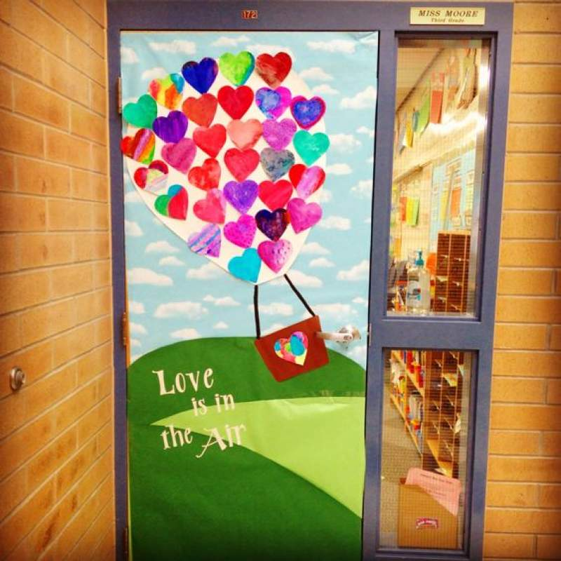 Valentine Door Decorations Ideas To Spread The Seasons Greetings