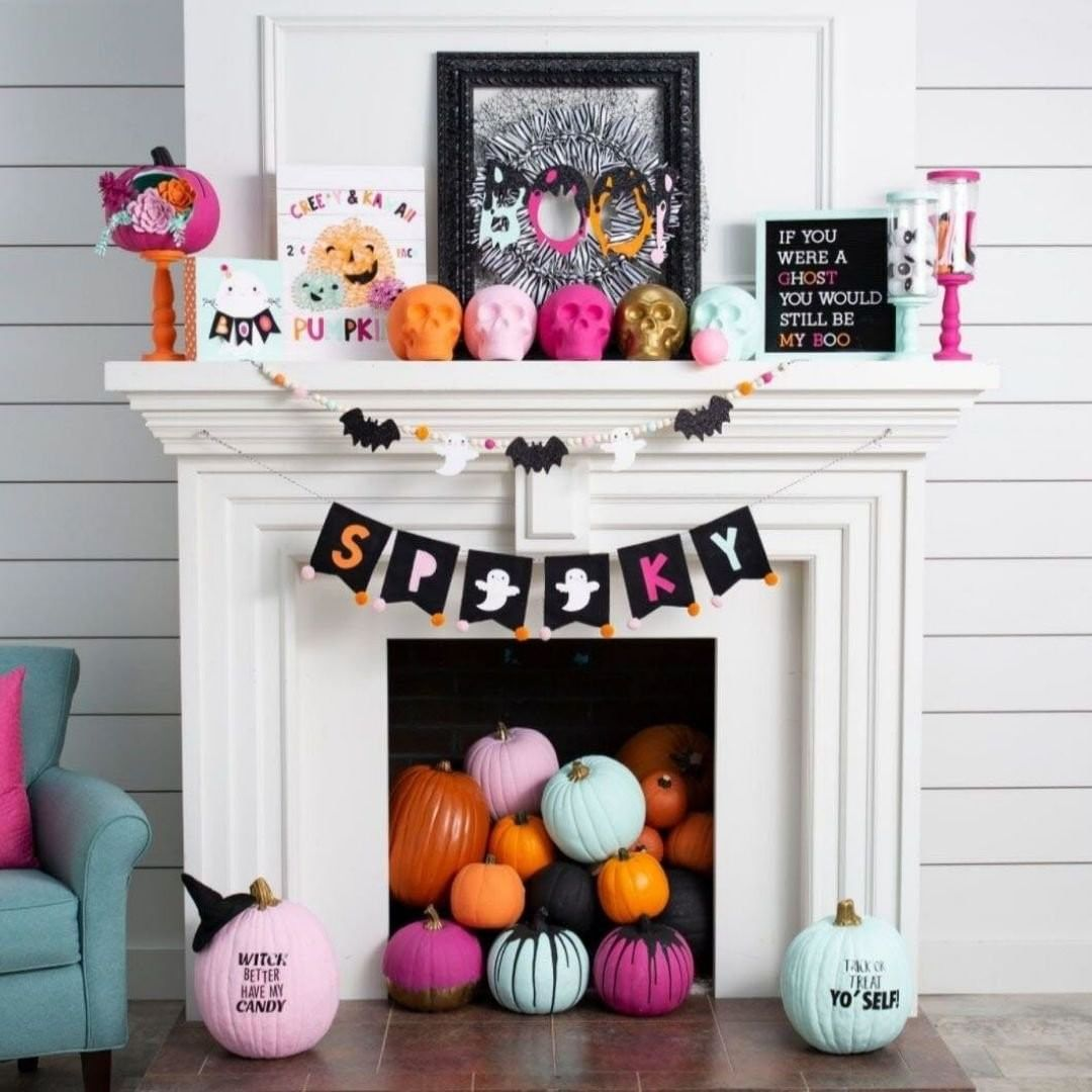 20+ DIY Indoor Halloween Decor Ideas to Welcome Spooky Vibes in ...