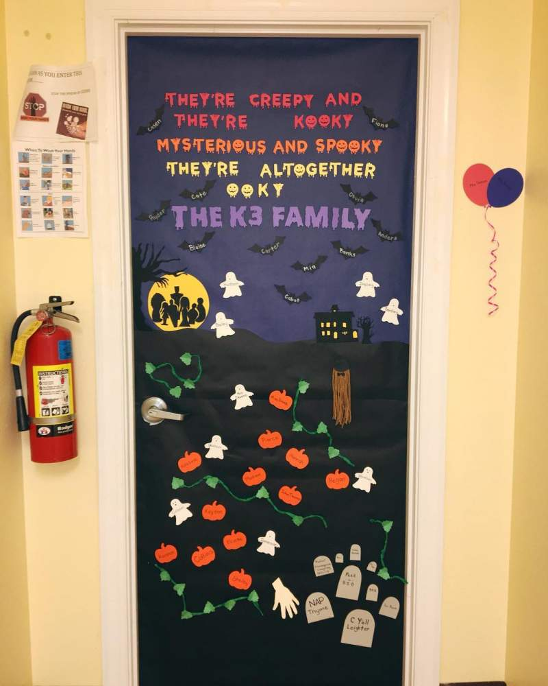 Halloween Door Decoration Ideas for your Classroom or Dorm