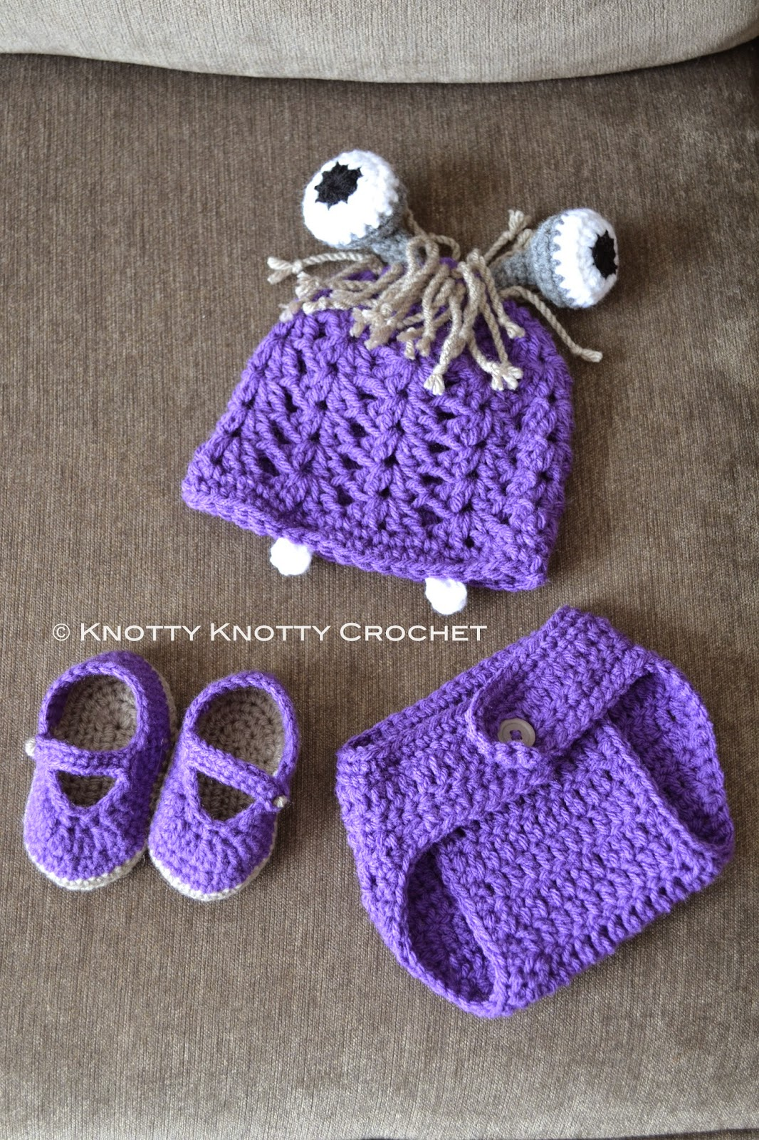 25 Crochet Halloween Costumes For New Born Babies That Are