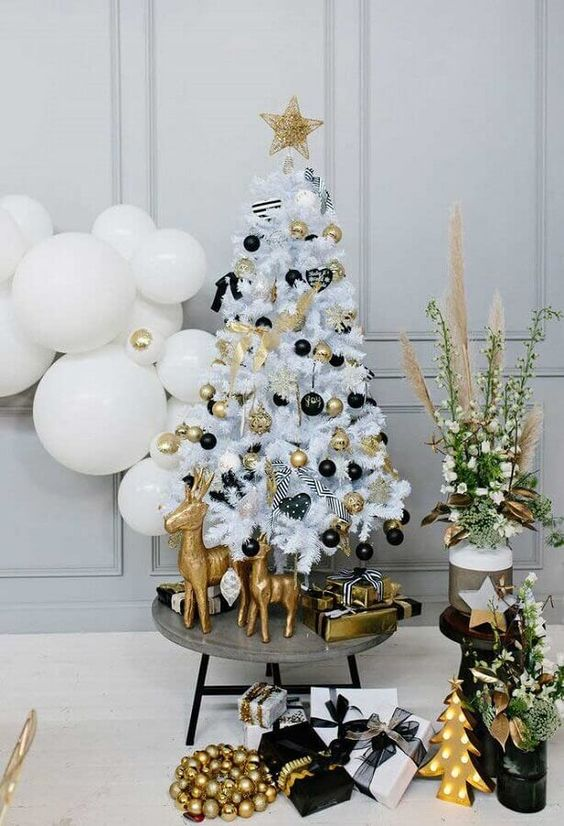 50 Black And White Christmas Decoration Ideas To Create An